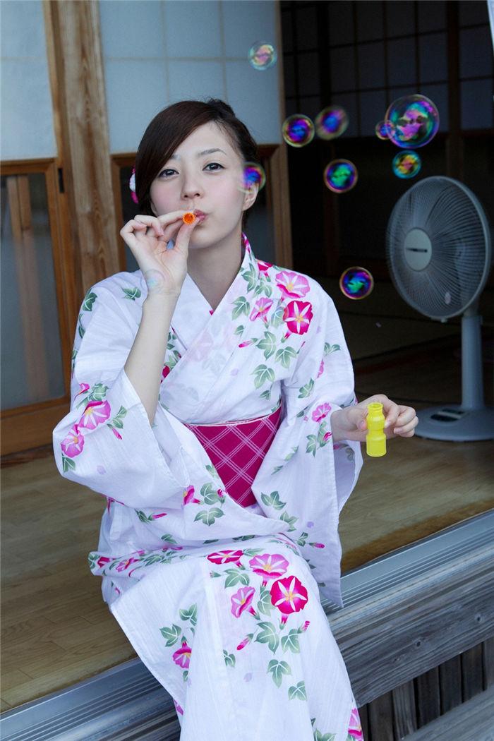 逢泽莉娜写真集《[YS Web] Vol.426 Rina Aizawa 逢沢りな – 想い出の夏》高清全本[116P] 日系套图-第2张