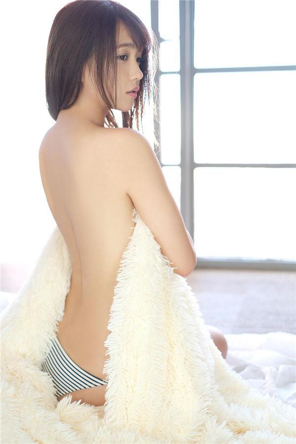 志村理佳写真集《振り返るな!》高清全本[62P] 日系套图-第3张
