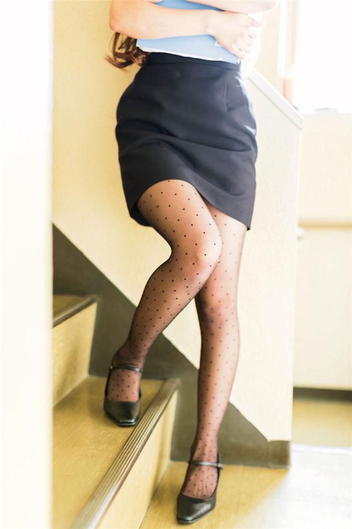 冈户雅树摄影作品《黑丝女子·Black Tights Girl》高清全本[190P] 日系套图-第3张