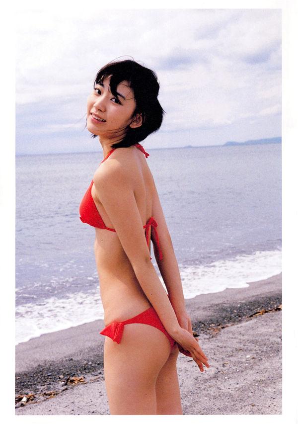 宫脇咲良1ST写真集《さくら》高清全本[135P] 日系套图-第3张