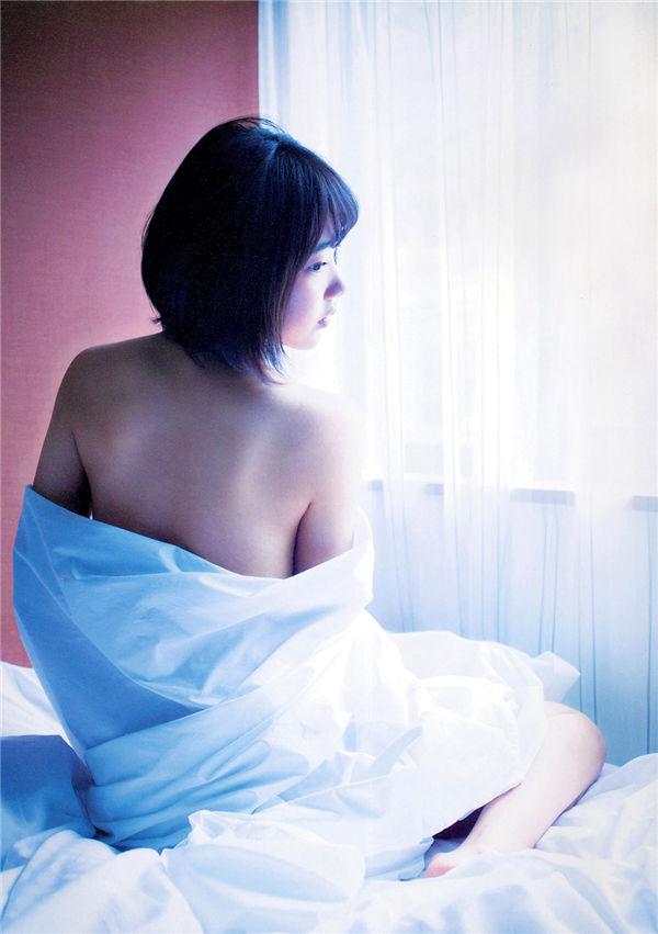 宫脇咲良1ST写真集《さくら》高清全本[135P] 日系套图-第6张