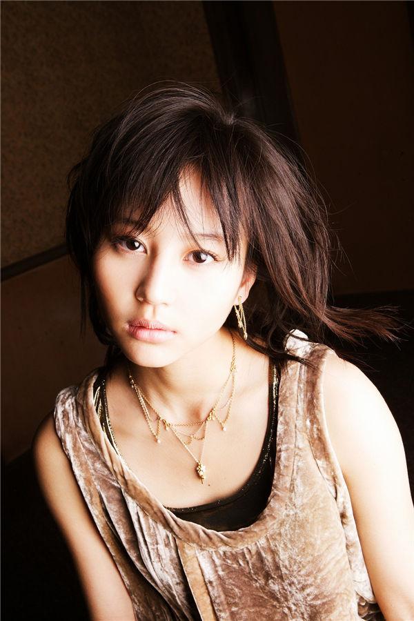 堀北真希写真集《Nomura's Eye No.379》高清全本[42P] 日系套图-第1张