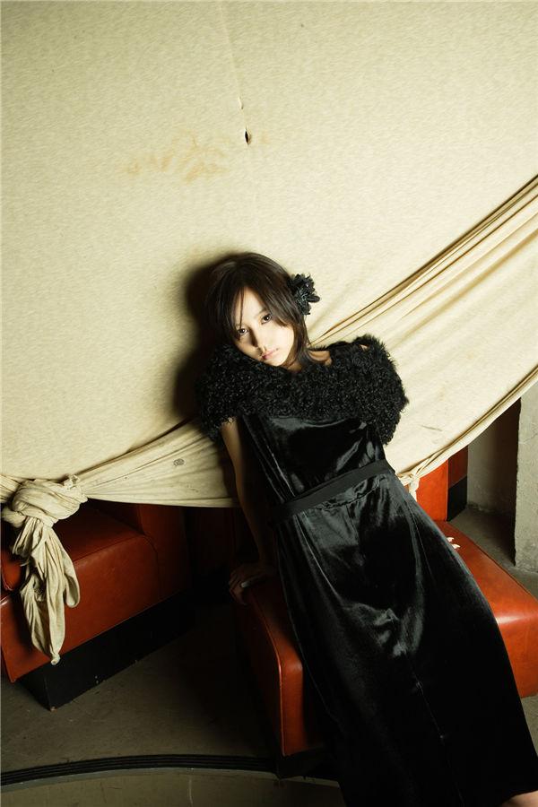 堀北真希写真集《Nomura's Eye No.356》高清全本[50P] 日系套图-第4张