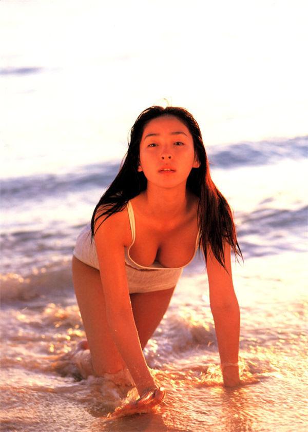 麻生久美子写真集《久美子》高清全本[74P] 日系套图-第5张
