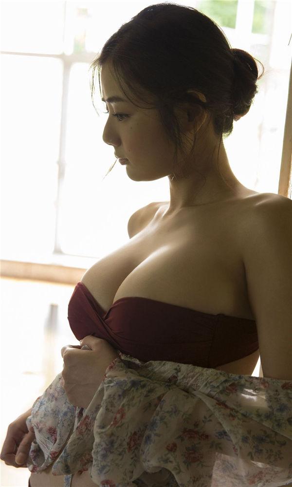 片山萌美写真集《見つけてしまった……》高清全本[71P] 日系套图-第2张
