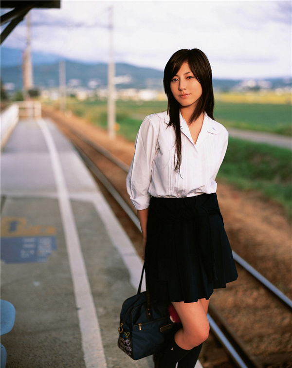 杉本有美写真集《[YS Web] Vol.209 Sugimoto Yumi 杉本有美 [ふたりで步いた道]》高清全本[98P] 日系套图-第3张