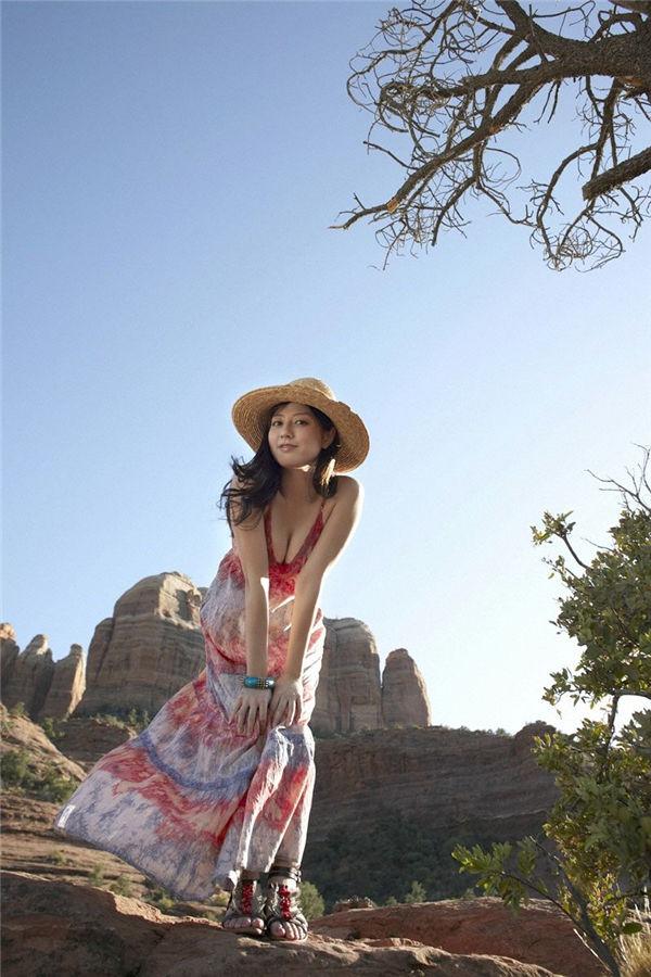 杉本有美写真集《[Wanibooks WBGC] 2011.04 No.82 杉本有美 Yumi Sugimoto》高清全本[218P] 日系套图-第3张