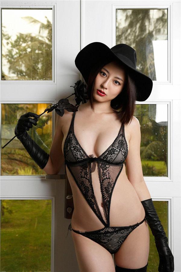 杉本有美写真集《[Ys Web] 2017-01-25 Vol.735 Yumi Sugimoto 杉本有美》高清全本[121P] 日系套图-第1张