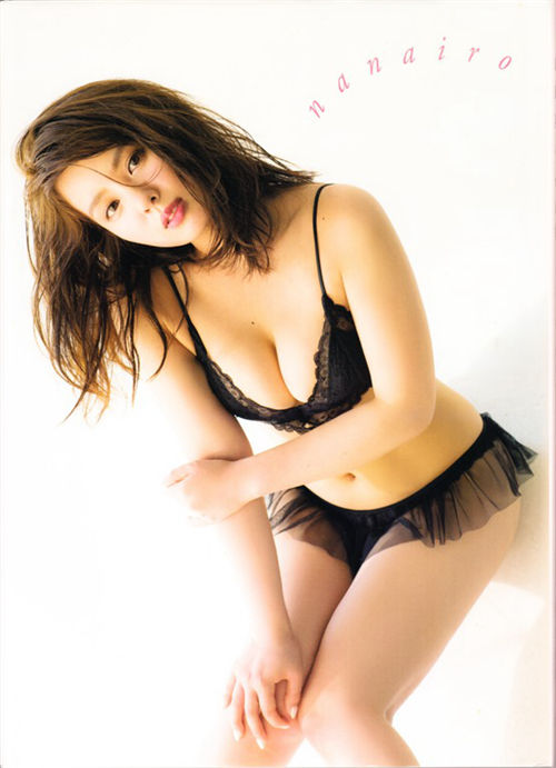 山田菜菜写真集《nanairo》全本下载[104P] 日系套图-第1张