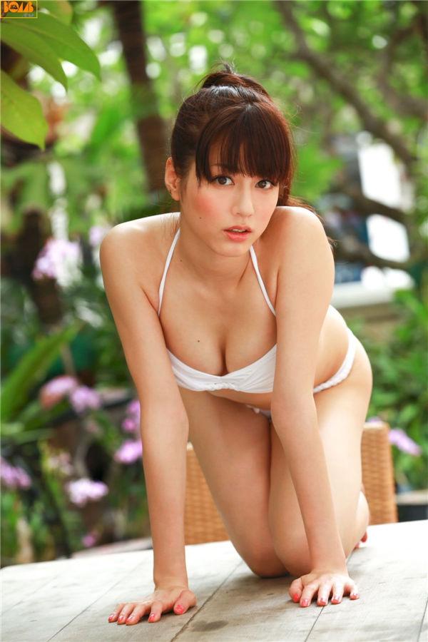 杉本有美写真集《[BOMB.tv] 2011.11 Yumi Sugimoto 杉本有美》高清全本[49P] 日系套图-第3张