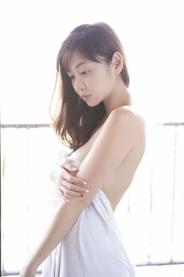 杉原杏璃写真集《[YS Web] 2014-05-01 Vol.601 Anri Sugihara 杉原杏璃》高清全本[121P] 日系套图-第6张