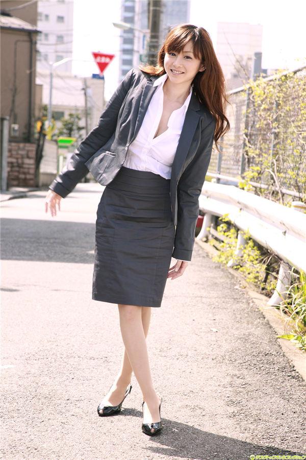 杉原杏璃写真集《[DGC] 2010.07 – NO.851 – Gravure Idols – Anri Sugihara 杉原杏璃》高清全本[90P] 日系套图-第1张