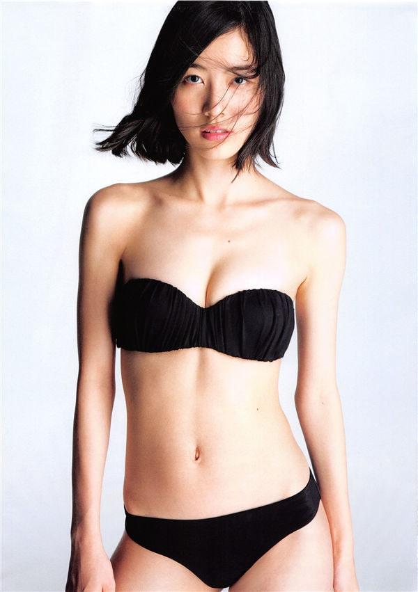松井珠理奈1ST写真集《Jurina》高清全本[144P] 日系套图-第5张