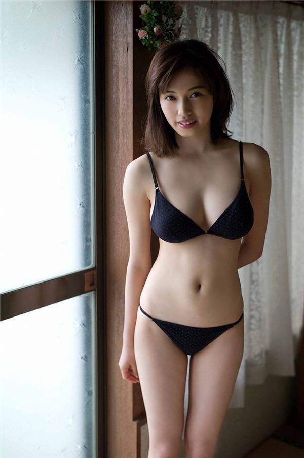 MIYU写真集《[WPB-net] Extra EX567 MIYU「ニッポンのグラビア」》高清全本[70P] 日系套图-第3张