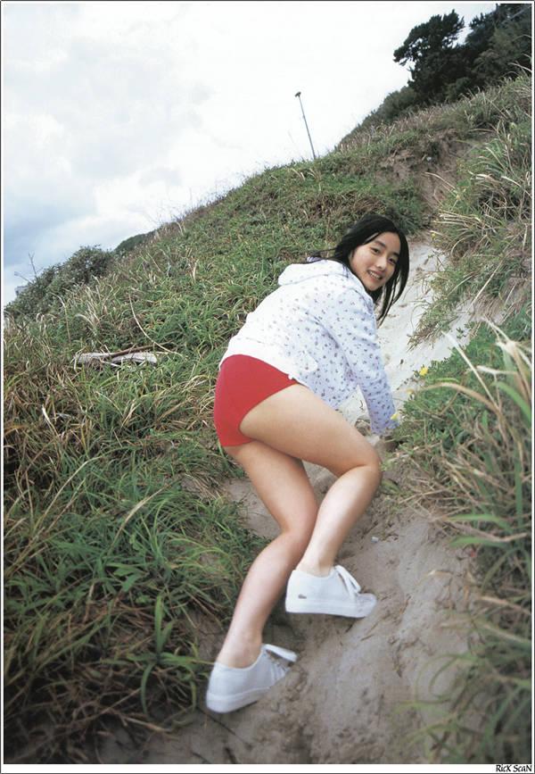 石原里美写真集《16岁 至上の原石》高清全本[121P] 日系套图-第5张