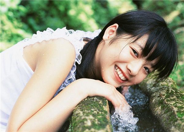 夏帆写真集《[YS Web] 2005.11 Vol.140 Kaho 夏帆 Original Smile-UNDERAGE!》高清全本[36P] 日系套图-第4张