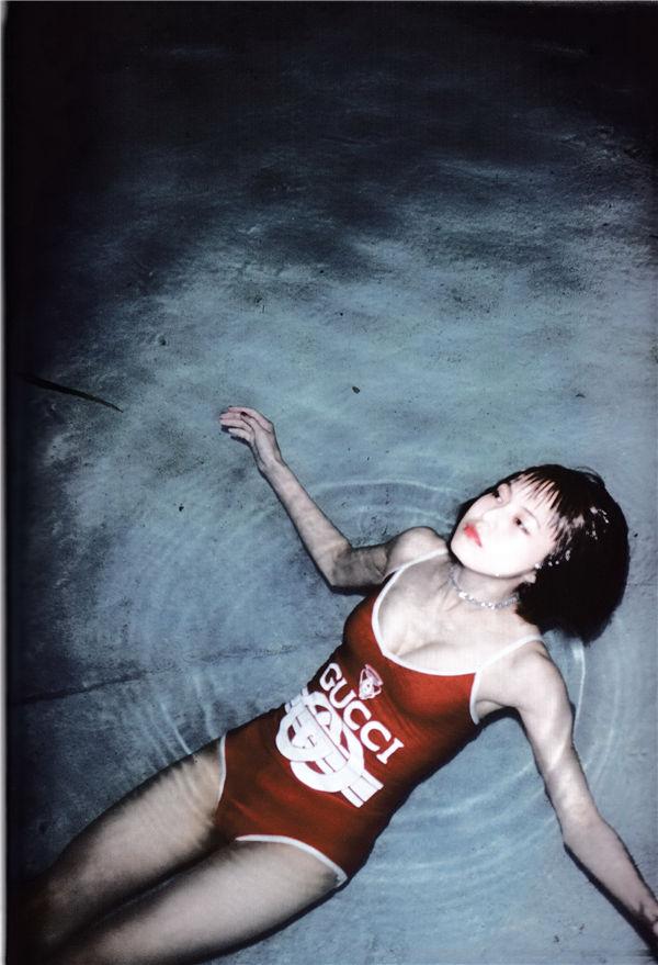 小野春菜写真集《SOMEWHERE》高清全本[128P] 日系套图-第4张