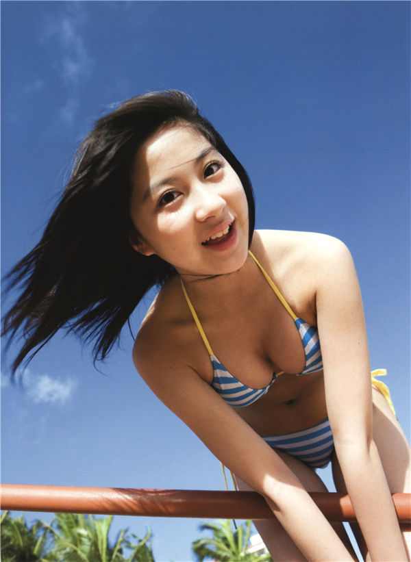 小野惠令奈写真集《キラ☆キラ》高清全本[112P] 日系套图-第2张