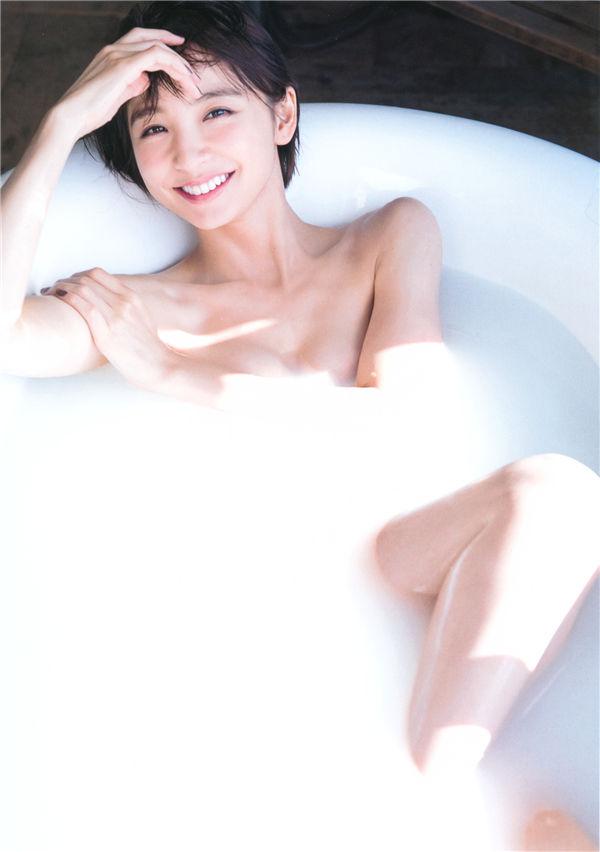 筱田麻里子写真集《Memories》高清全本[251P] 日系套图-第8张