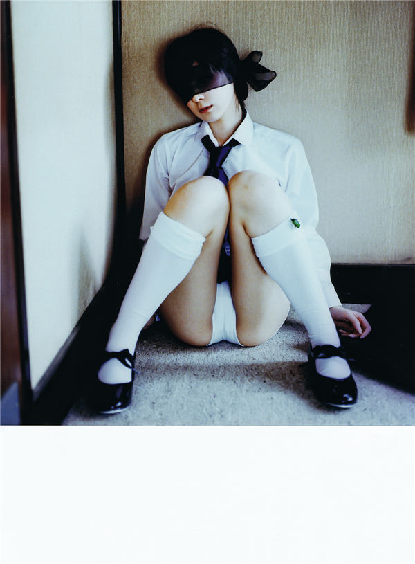 仲村美宇写真集《Real Fake Doll》高清全本[74P] 日系套图-第3张