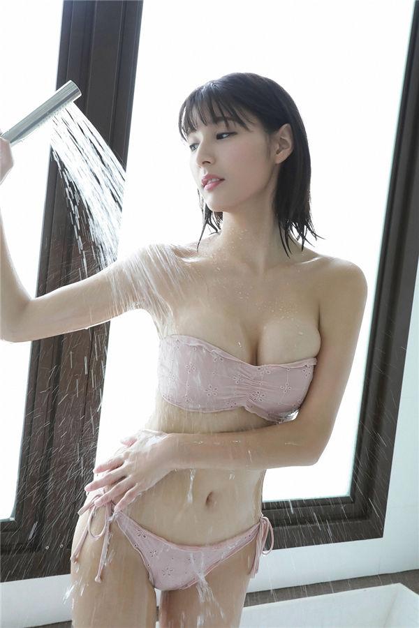 彩川ひなの写真集《[Ys Web] Vol.844  Hinano Ayakawa『ハレンチボディお姉様が南国で・・・・・・!!』》高清全本[106P] 日系套图-第7张