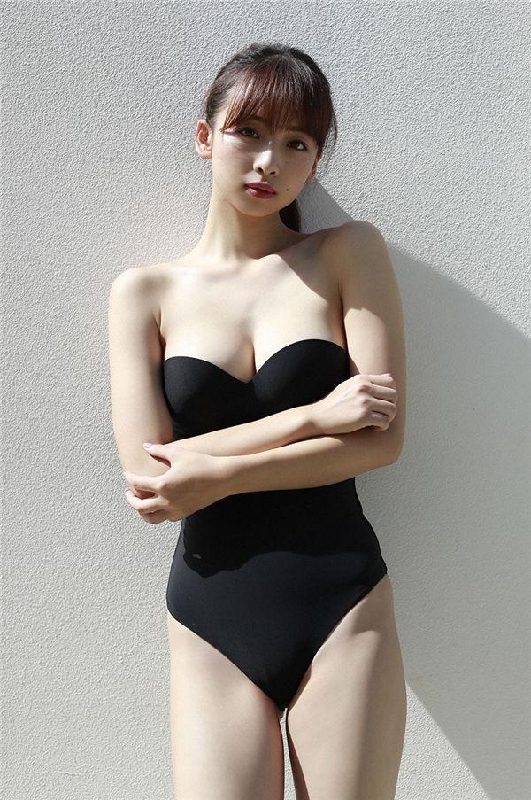 华村飞鸟写真集《[WPB-net] No.213 Asuka Hanamura 進化と解放》高清全本[144P] 日系套图-第2张
