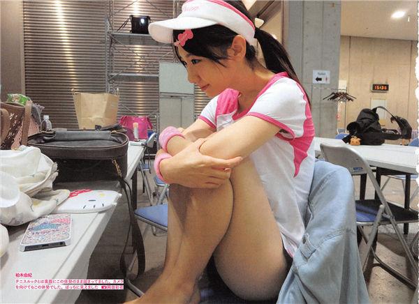 AKB48写真集《AKB48 友撮 Final The White Album》高清全本[177P] 日系套图-第3张
