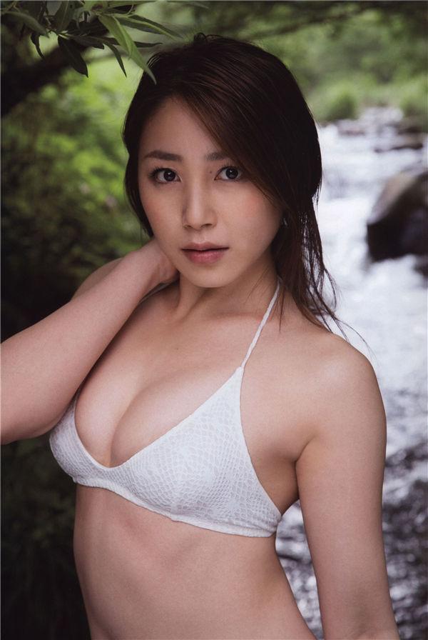 吉川友写真集《诱惑》高清全本[72P] 日系套图-第2张