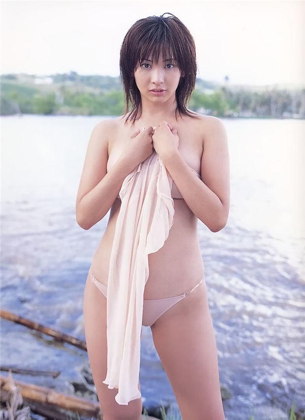 山崎真实写真集《MAMI 蔵》高清全本[88P] 日系套图-第3张