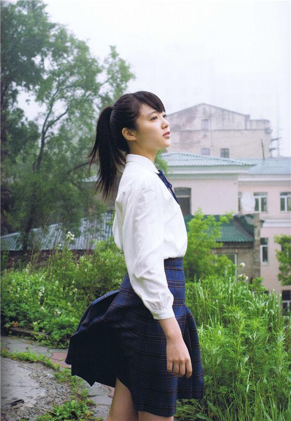中山莉子1ST写真集《中山莉子の写真集。》高清全本[105P] 日系套图-第2张
