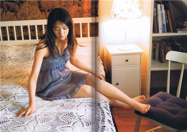 中山莉子1ST写真集《中山莉子の写真集。》高清全本[105P] 日系套图-第4张
