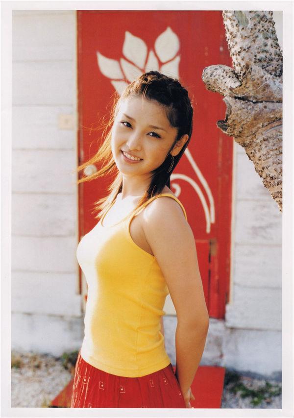 石川梨华写真集《華美》高清全本[99P] 日系套图-第2张