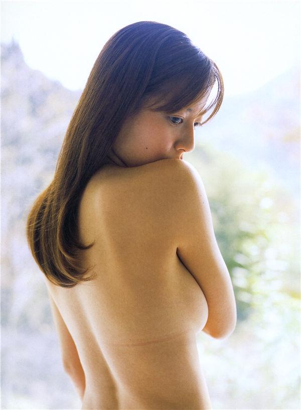 杉本有美写真集《YUMI 360》高清全本[97P/1.2G] 日系套图-第4张