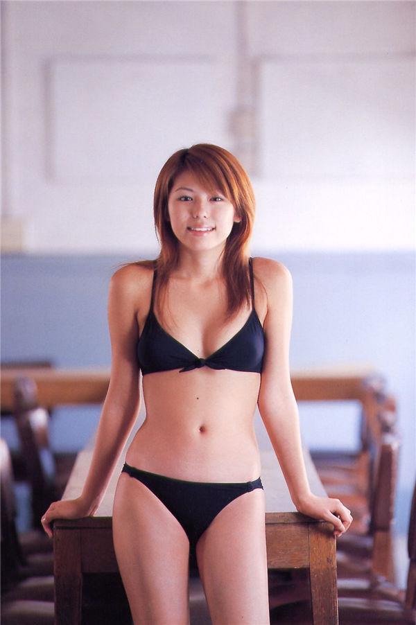 若槻千夏写真集《Chinatsu Graphy》高清全本[82P] 日系套图-第3张
