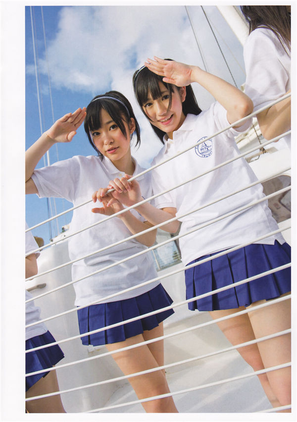 AKB48写真集《AKB48海外旅行日记2·WithSKE48》高清全本[269P] 日系套图-第2张