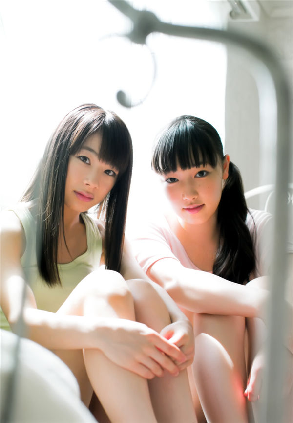 早安少女组写真集《モーニング娘。9・10期 1st official Photo Book》高清全本[97P] 日系套图-第3张