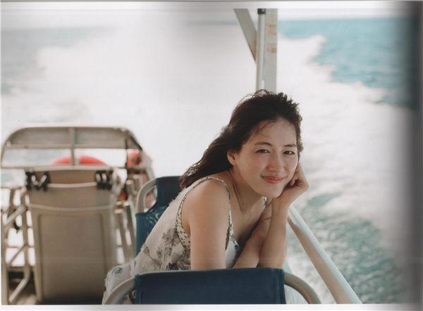 绫濑遥写真集《BREATH》高清全本[151P] 日系套图-第3张