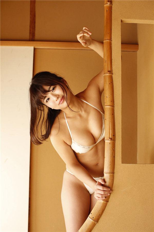 平嶋夏海写真集《あったまろ》高清全本[79P] 日系套图-第6张