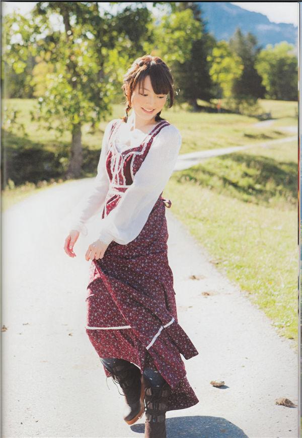 花泽香菜写真集《KANA》高清全本[112P] 日系套图-第2张