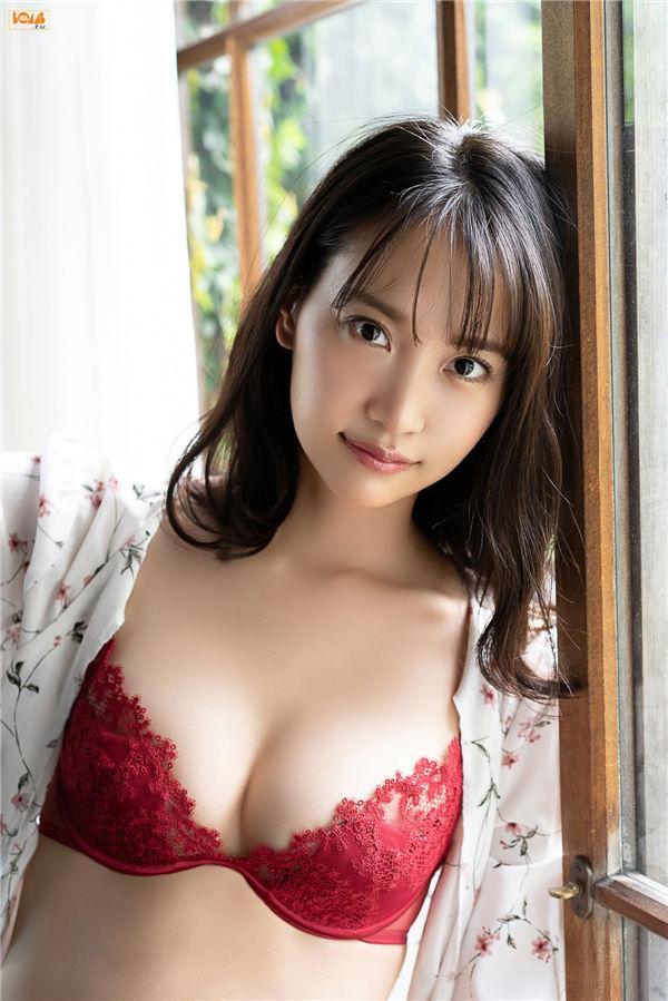 永尾玛利亚写真集《[BOMB.tv] 2020.10 Mariya Nagao 永尾まりや - 檸檬の香りで君を思い出す。》高清全本[59P] 日系套图-第3张