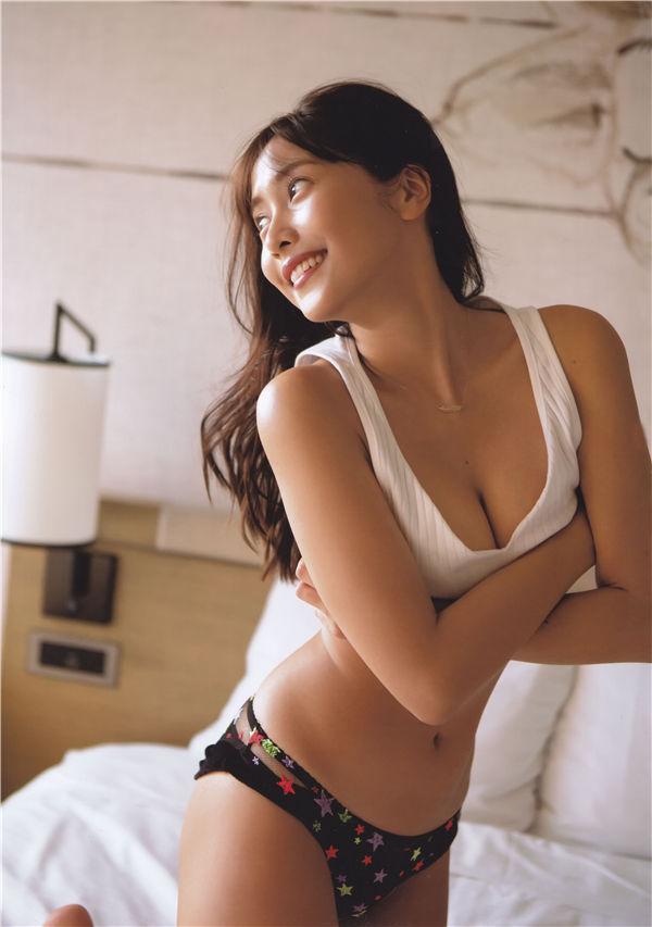 佐野雏子写真集《Hina》高清全本[135P] 日系套图-第4张