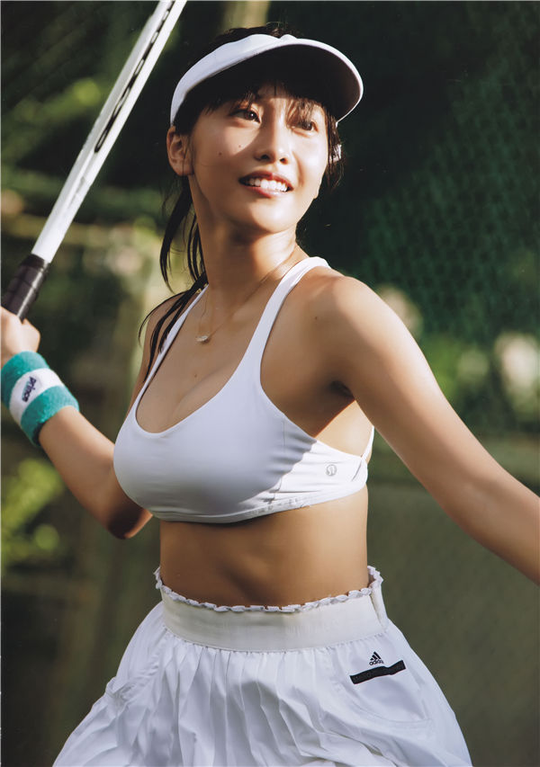 佐野雏子写真集《Hina》高清全本[135P] 日系套图-第5张