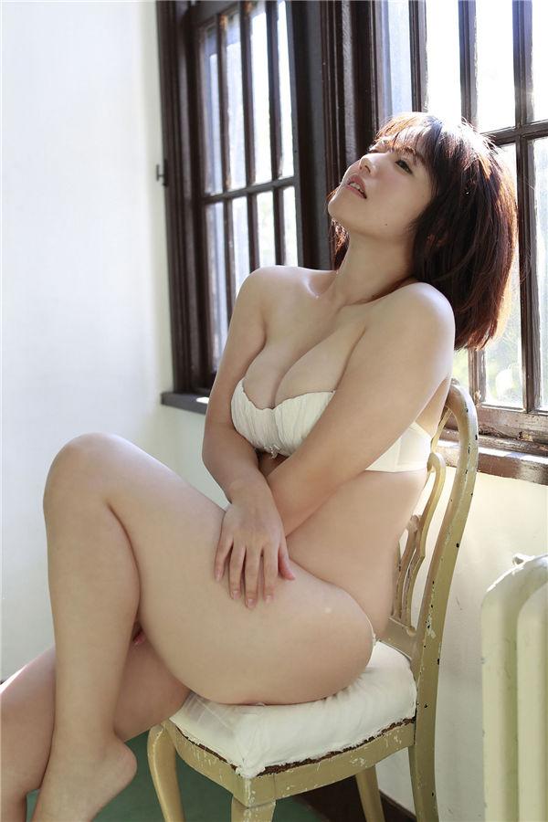 矶山沙也加写真集《抱きしめたいッ!》高清全本[83P] 日系套图-第6张
