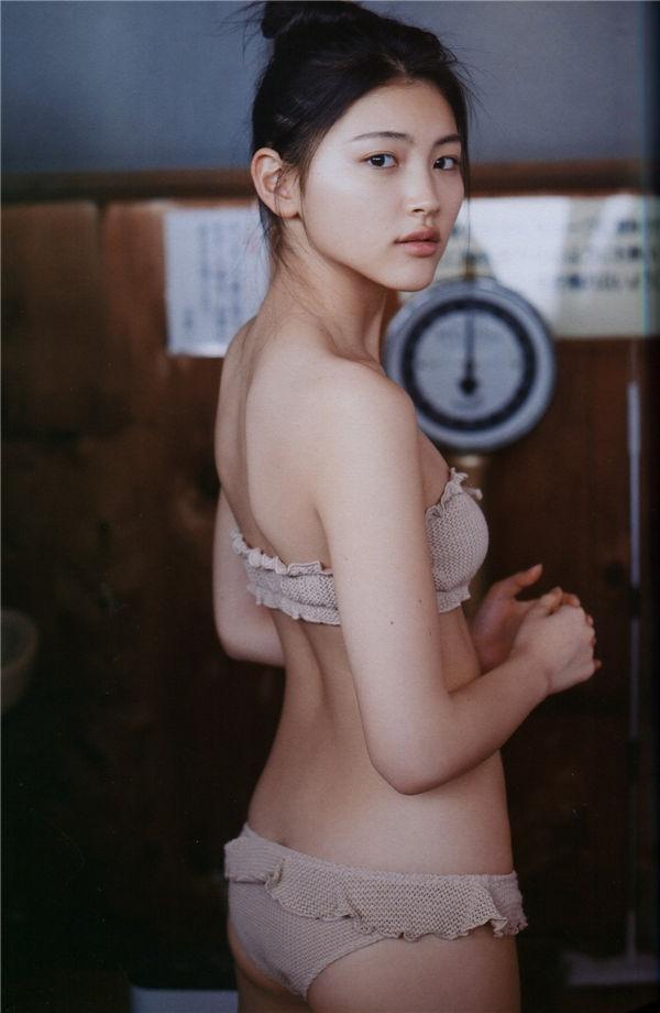 今野鲇莉1ST写真集《AYURI》高清无水印全本[87P] 日系套图-第4张