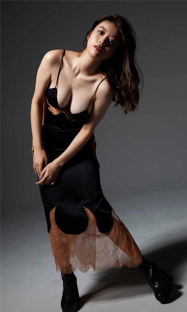 马场富美加写真集《WONDER WONDER WOMAN》高清全本[42P] 日系套图-第3张