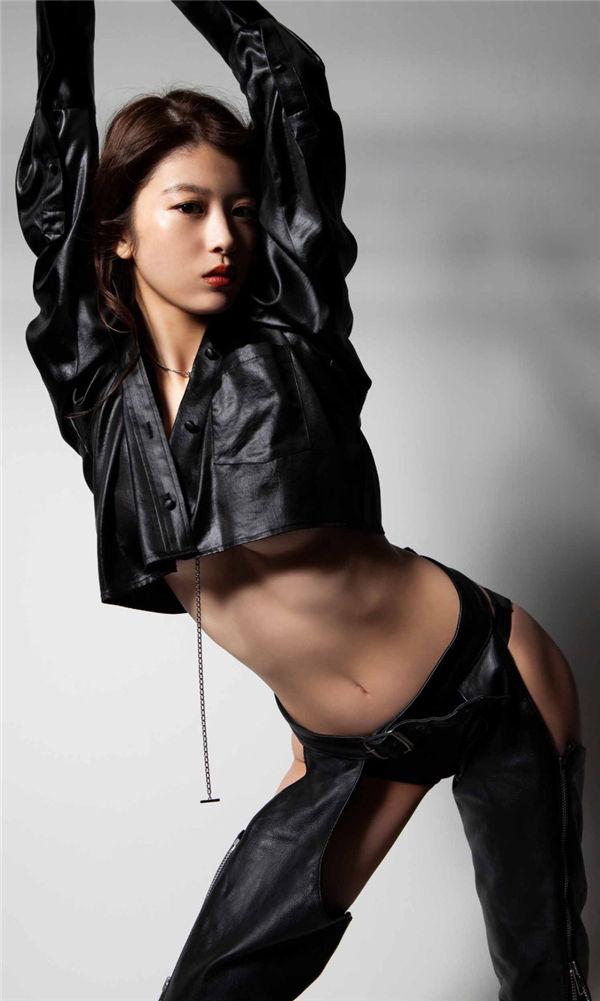 马场富美加写真集《WONDER WONDER WOMAN》高清全本[42P] 日系套图-第6张