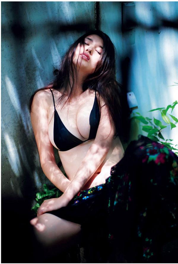 桥本爱实写真集《MANAMI BY KISHIN》高清全本[123P] 日系套图-第2张