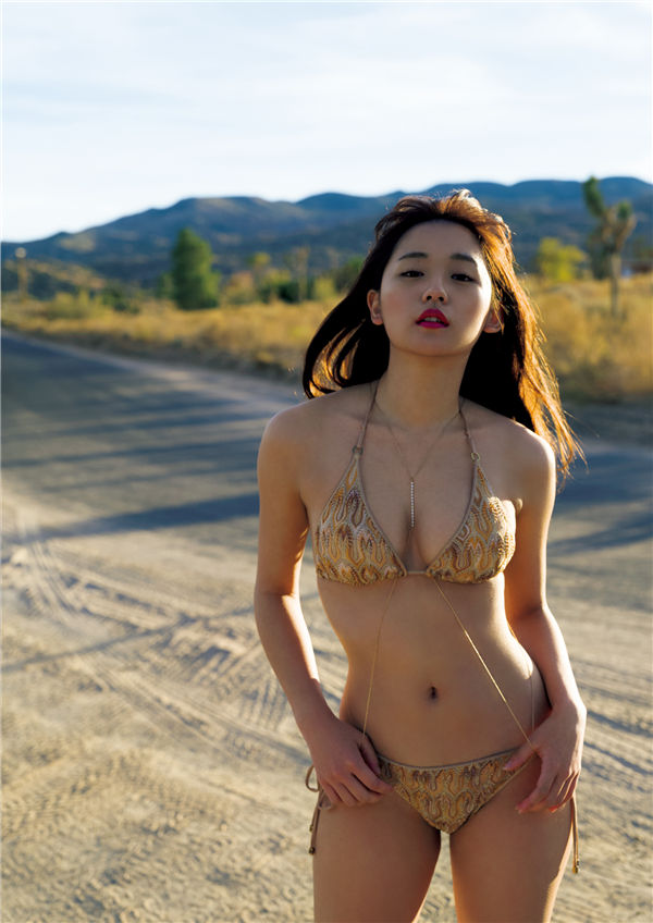 浅川梨奈写真集《NANA》高清全本[150P] 日系套图-第7张