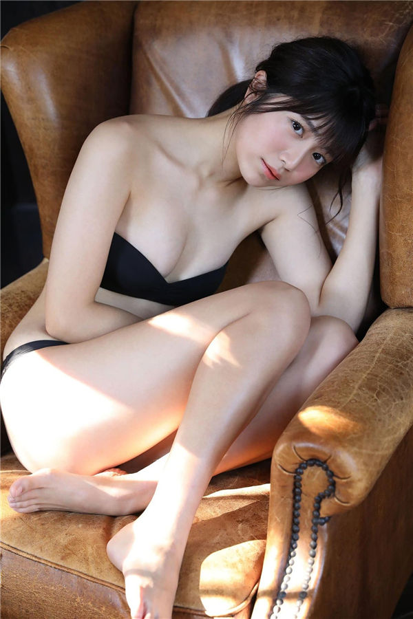 吉田莉樱写真集《イノセンス》高清全本[41P] 日系套图-第6张