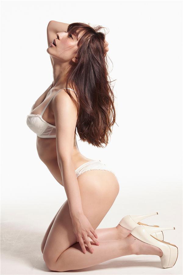 玉置成实写真集《SEXYすぎる歌姫》高清全本[82P] 日系套图-第6张